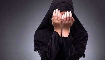 نظافتچی زن برای پرداخت قرض سرقت میکرد