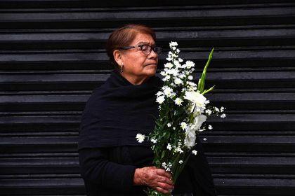 سوگواری مردم مکزیک برای قربانیان زلزله +تصاویر