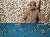 دل کندن از ناخنهای 66ساله +عکس