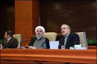 روحانی: اینقدر زیاد در زندگی مردم دخالت نکنیم/ صنعت بیمه، رکن توسعه حوزه بهداشت و درمان است