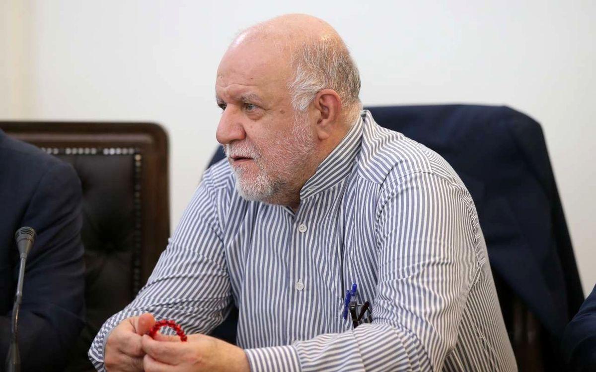 تاکید زنگنه بر عدم توقف صادارت نفت/ جان بولتون حقوقبگیر منافقین است