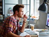 افزایش رضایتمندی شغلی؛ چگونه سر کار احساس کسالت نکنیم!