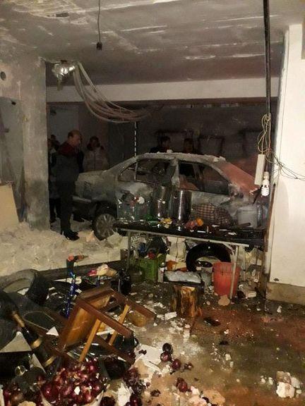 بیاحتیاطی راننده 5میلیارد ریال خسارت به بار آورد +تصاویر