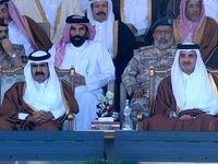 حرکت جالب امیر سابق قطر در مراسم رژه +عکس