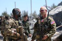 لحظه ورود نیروهای نظامی آمریکا به کنگره +فیلم