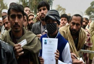 کوچ زمستانی افغانها از ایران
