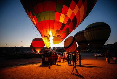 جشنواره بینالمللی بالونهای داغ در کاپادوکیای ترکیه