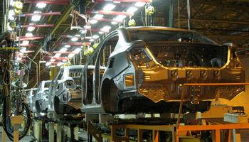 کاهش قیمت خودرو روزانه شده است