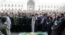 علم الهدی و رییسی در مراسم تشییع سردار سپاه +تصاویر