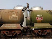 ایران ۴میلیارد دلار در بخش پالایشگاهی هند سرمایهگذاری میکند