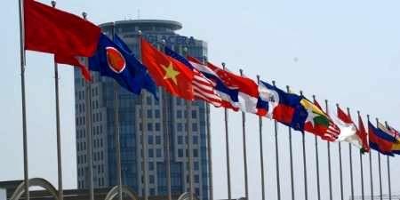 توافق پیمان تجاری با چین، هند و ژاپن در صدر توجه سران آ.سه.آن در فیلیپین