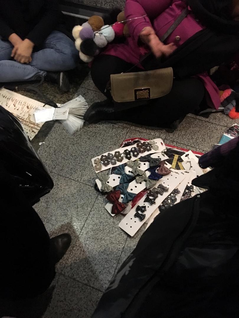 دستفروشان مترو
