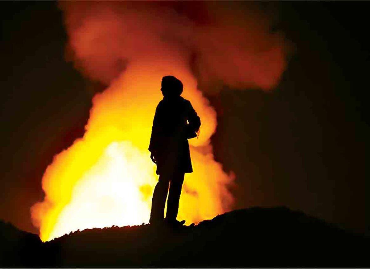 آتش سوزی در انبار کالای میدان امام خمینی