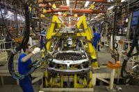 مشکلات داخلی؛ سد راه تامین قطعات خودرو