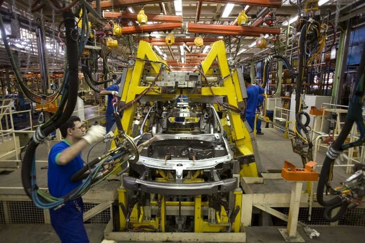 850میلیون تومان؛ بهره بانکی تسهیلات اعطایی به خودروسازان