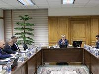 هیچ کس درصدد حذف صرافیها از اقتصاد ایران نیست/ انتقال ارز و خرید ارز حاصل از صادرات غیر نفتی دو فعالیت مجاز صرافیها