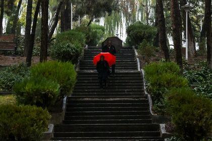 تصاویر زیبا از آخرین باران پاییزی تهران