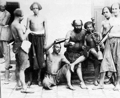 اراذل و اوباش تهران در عکس یادگاری دوره ناصرالدین شاه