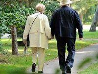 ۴۹ درصد زنان سالمند تنها زندگی میکنند