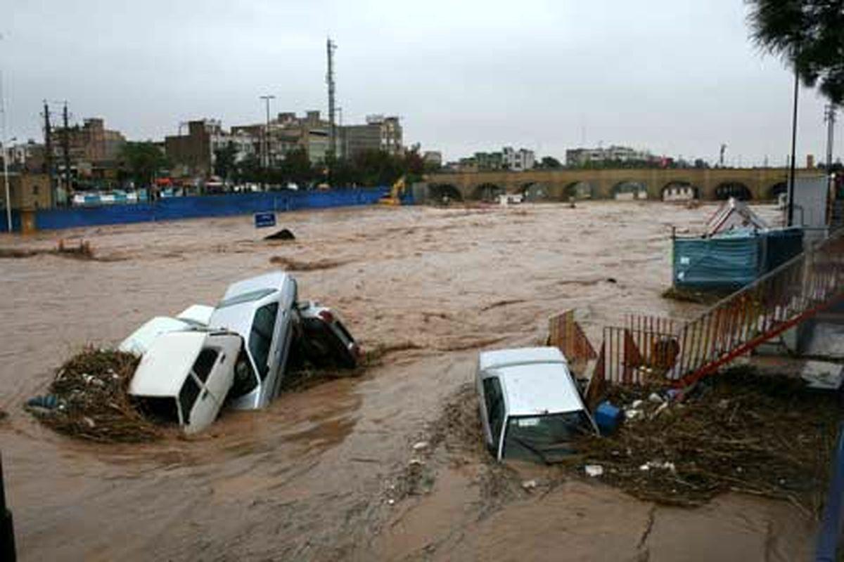 بیش از ۳۵۰میلیارد تومان خسارت به شهرستانهای اردل، فارسان و کوهرنگ وارد شده است