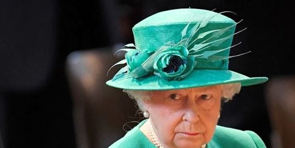 اذعان ملکه الیزابت به بیکفایتی سیاستمداران انگلیسی