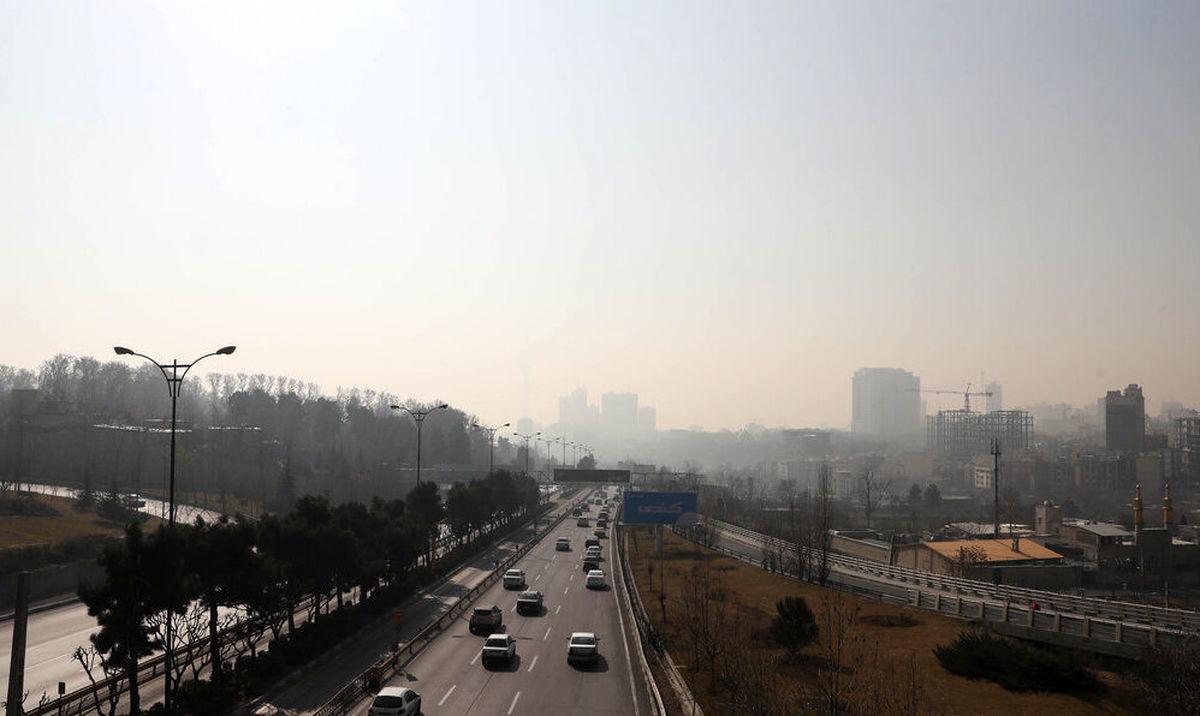 کیفیت هوای تهران در مرز ناسالم قرار گرفت