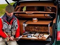 خودرو لوکسی که ماهیگیری می کند +عکس