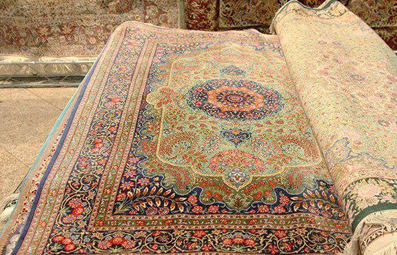 شکوه قالی ایرانی در تار و پود تحریم