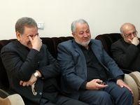 اشکهای جهانگیری در دیدار با خانواده شهید سلیمانی +تصاویر