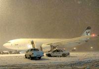 پروازهای فرودگاه مهرآباد با تاخیر انجام میشوند