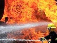 چند فروند لنج در بندر عامری تنگستان آتش گرفت
