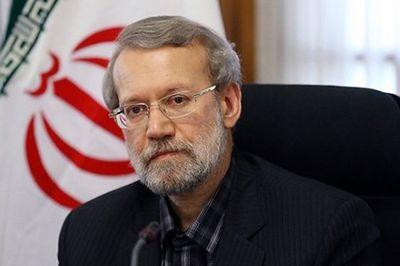 لاریجانی: سالها برای ادغام وزارت مسکن با راه و شهرسازی برنامهریزی شده بود/ مخالف تفکیک این دو وزارتخانه هستم