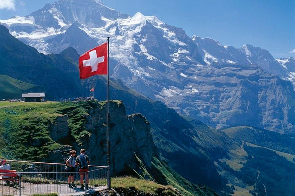 رشد اقتصادی سوییس مثبت شد