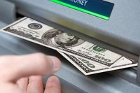 صعود دلار به قله پنج هفته اخیر در بازارهای جهانی