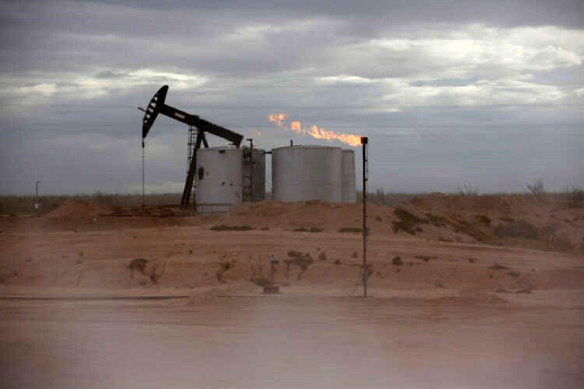 صعود قیمت نفت با نظم در عرضه اوپک پلاس / امیدواری به رشد تقاضای سوخت ادامه دارد