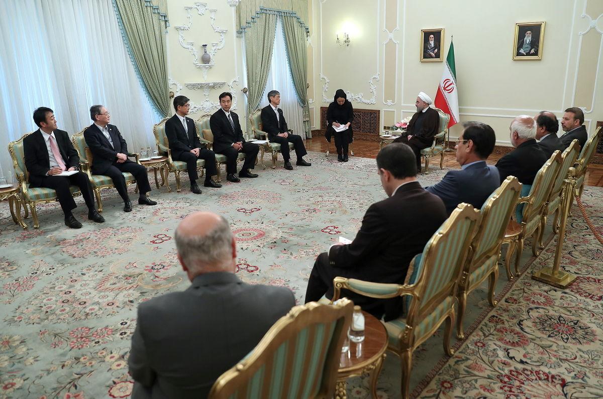 تاکید رییس جمهور بر تسهیل روابط بانکی ایران و ژاپن