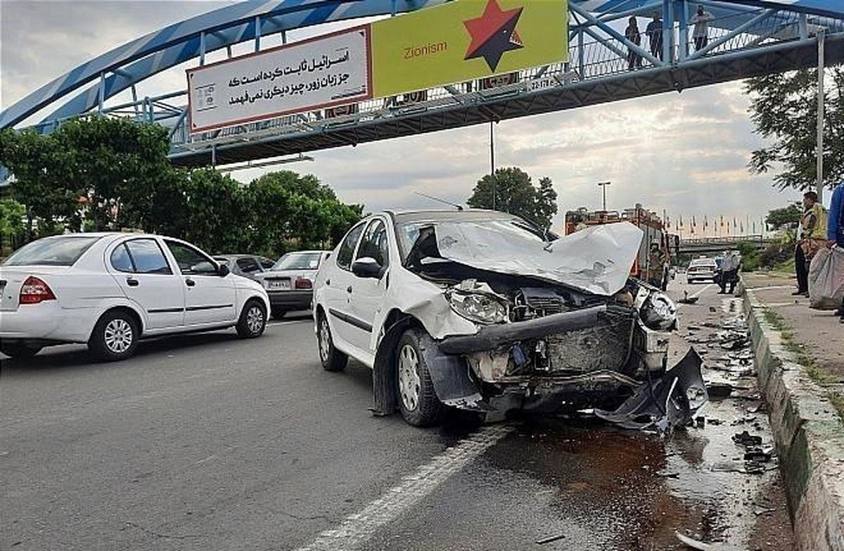 تصادف شدید پراید با پژو ۲۰۶ + عکس
