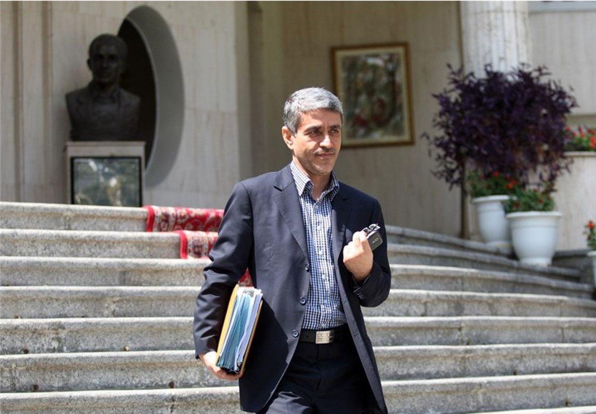 کریمی قدوسی:طیب نیا را وزیری صالح و سالم میدانم
