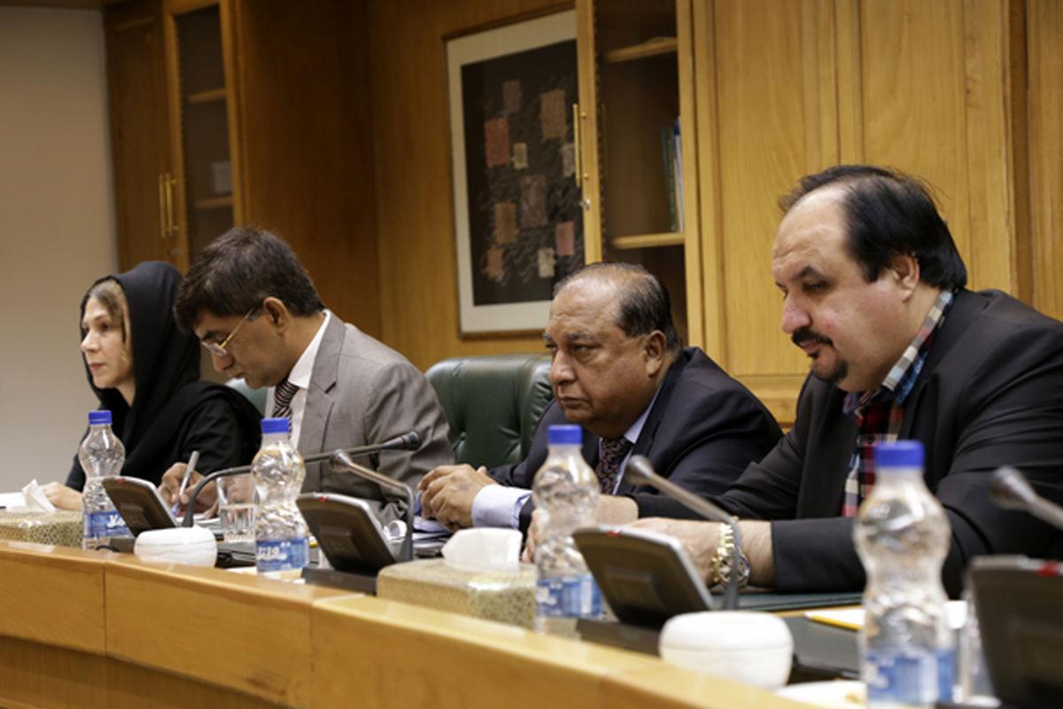 کمیتههای مشترک، راهگشای فعالیتبانکی ایران و پاکستان