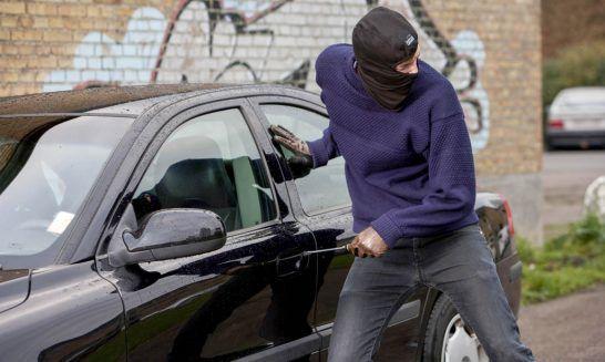 اعتراف زوج سارق به سرقت 50 خودرو