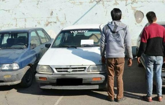 دستگیری 2سارق محتویات خودرو با 17فقره سرقت