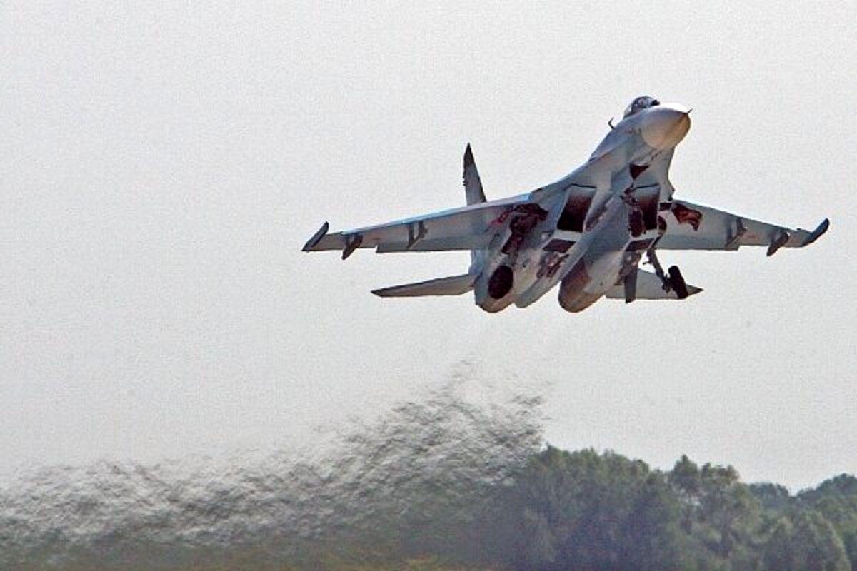 جنگنده روسی هواپیمای شناسایی آمریکا را رهگیری کرد