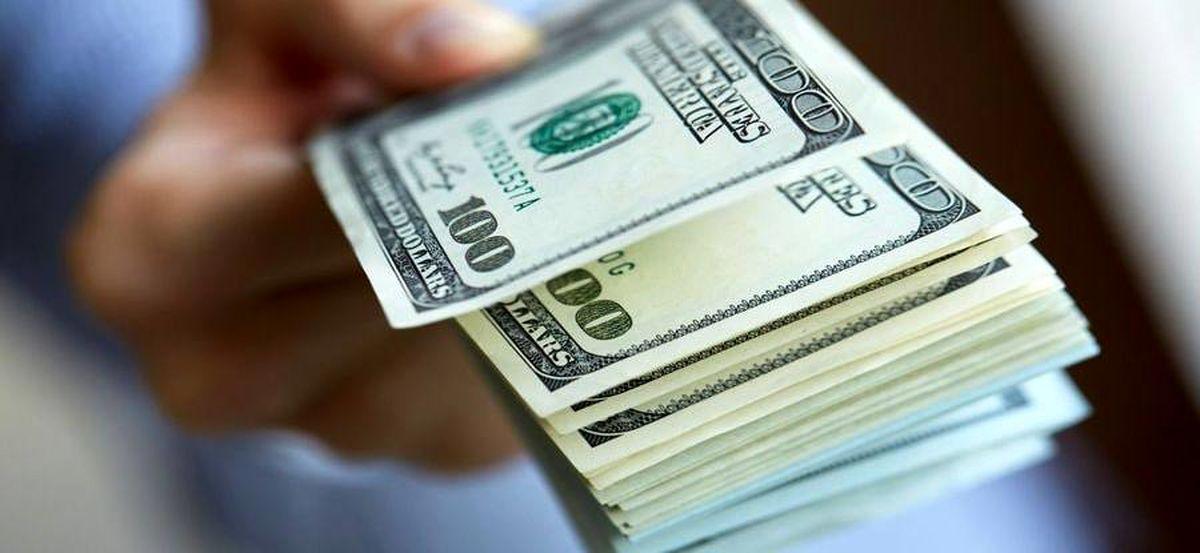 ادامه روند کاهشی نرخ ارز با شیب ملایم/ فروش دلار در بازار آزاد با قیمت ۲۳۲۰۰تومان