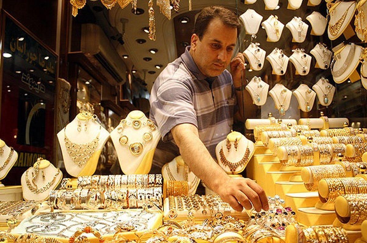 طلا و سکه ارزان شد/ دلار به نرخ ۱۱۴۰۰بازگشت