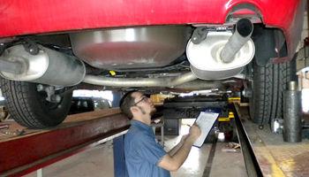 جریمه سنگین در انتظار خودروهایی که معاینه فنی ندارند
