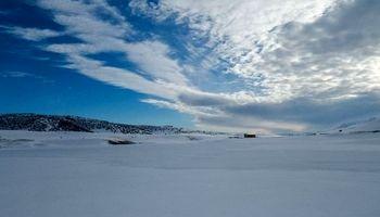 این دریاچه یخزده در سوئیس نیست، ایران است +عکس