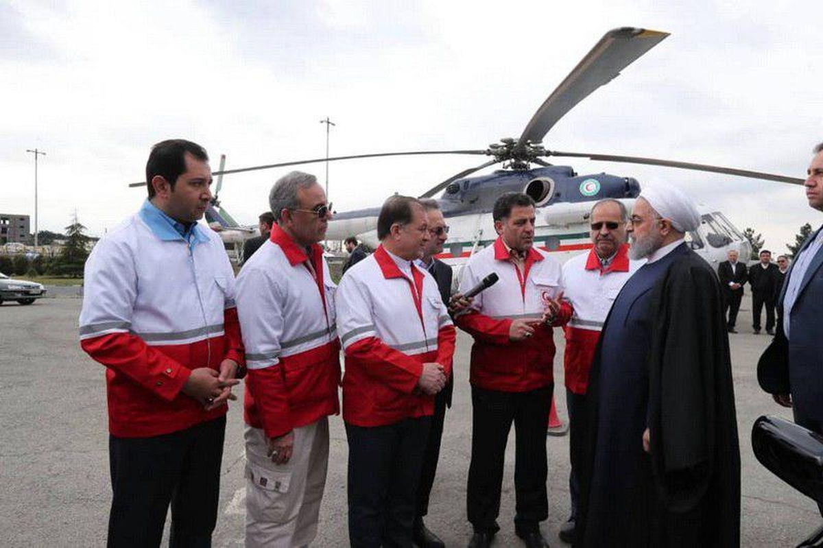 بازدید رئیس جمهور از روند امدادرسانی به مسافران +عکس
