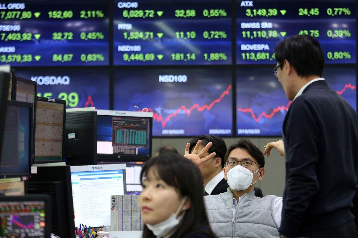 صعود بازارهای سهام آمریکا با کاهش آمار هفتگی متقاضیان بیمه بیکاری