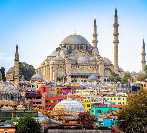 نوروز به استانبول سفر کنیم یا آنتالیا؟