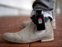 آمریکا به افراد ناقض قرنطینه پابند الکترونیک میزند